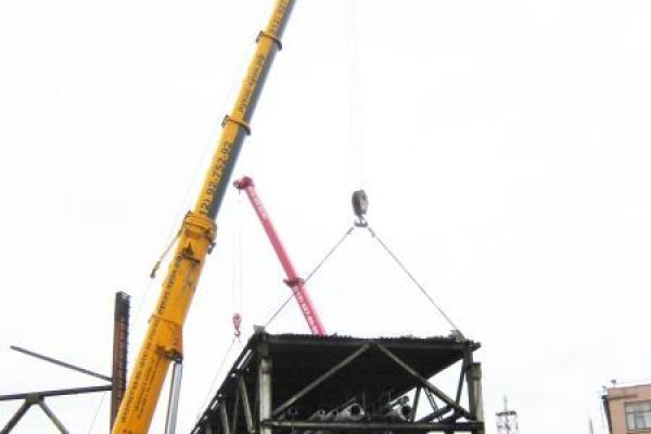 Демонтаж металлических конструкций на заводе