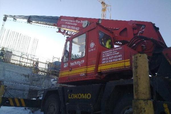 Строительство туннеля автокраном LOKOMO MS 333 BXT