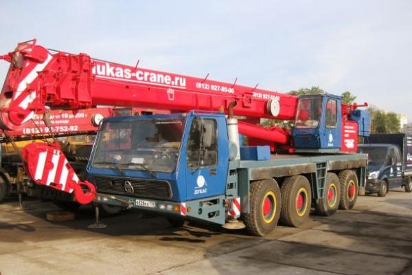 Автокран KRUPP KMK 4070 грузоподъемностью 70 тонн